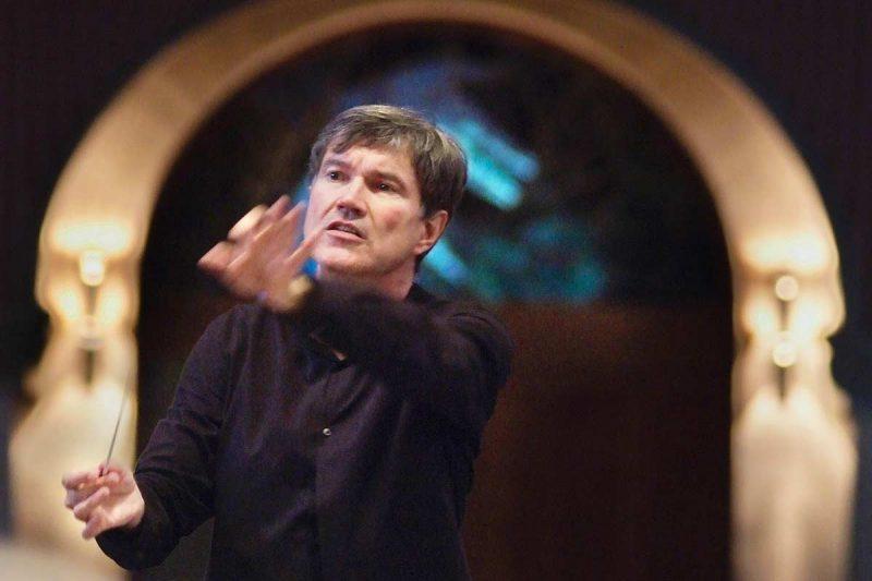 Oliver Leo Schmidt - Dirigent & Konzertleitung